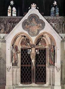 Choir screen with the Crucifixion