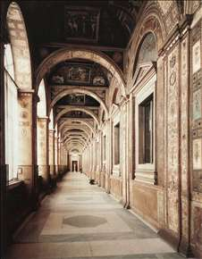 Loggia of Pope Leo X (second floor)