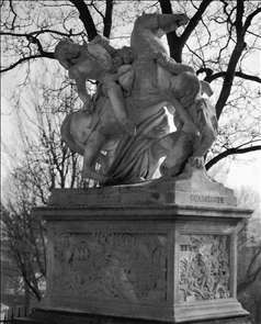 Monument to General Gobert
