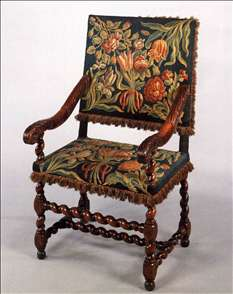 Armchair, upholstered with tapestry